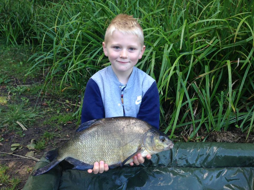 http://lintonangling.co.uk/images/newgallery/bream/20429865_850795075072293_7098406400717318099_n.jpg